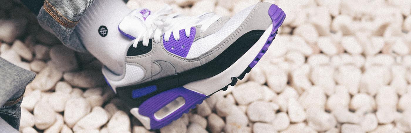 Buy online Nike Air Max 90 sneakers - Nigra Mercato