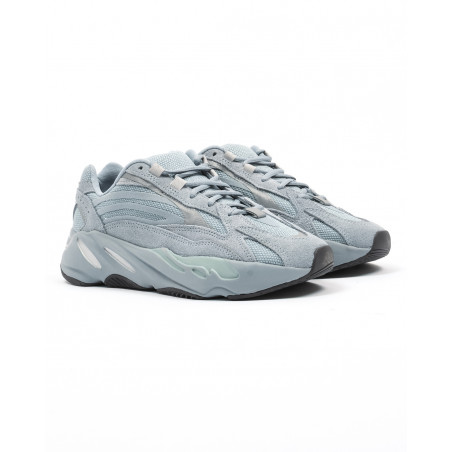 "ADIDAS YEEZY BOOST 700 ""HOSPITAL BLUE"" FV8424"