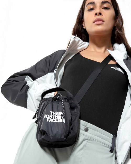 THE NORTH FACE BOZER CROSS BODY POUCH NF0A52RYJK3